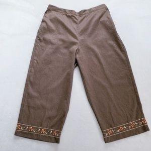Alfred Dunner Beaded Capri Pants - Size 16 - NWT